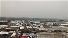 ホテルの窓辺から24 雪の九州の朝・・(^_^)