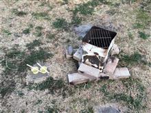 焚火ついでにロウソク作り