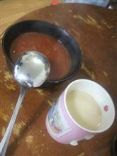 オフタイムです♪ お昼にトマトスープを作ります♪