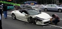 中国にてフェラーリ458がクラッシュ。飲酒の上、バスを追い抜こうとして失敗