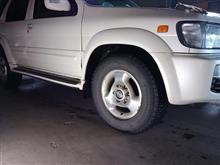 夏用スタッドレス タイヤ交換 だけでは済まない 日産テラノレグラスJRR50