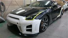 『日産 GT-R エアロパーツ塗装・取り付け』 東京都小平市からご来店のお客様です。
