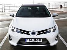 『2012年に欧州で発売したハイブリッド車を、2016年の日本で新製品として売るには』<モノイスト>/気になるWeb記事。