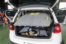 VW ゴルフⅤの鬼門 天井の垂れ下がり... ここは張替ですね。