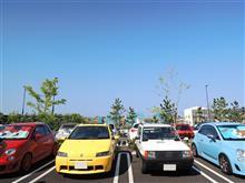 ちいさいイタリア車で湘南モーニングクルーズ