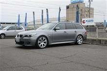 これもメンテナンス..BMW E61  ACデルコバッテリー 交換