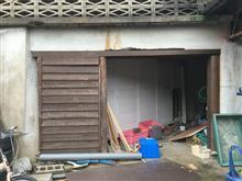 もうひとつの倉庫の修理。
