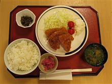 北陸道上り米山SA ハムカツと鮭フライ定食700円