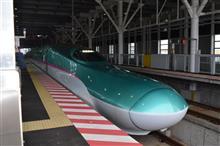 新幹線で移動中です。