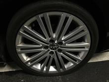 PoloBlueGT フロントタイヤのパンク