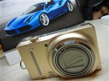 新参者… Nikon COOLPIX S9100
