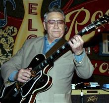 スコティ・ムーアさん(84)死去...