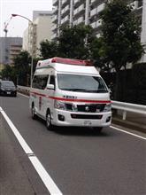 NV350キャラバン「高規格救急車」捕獲