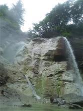 旅の最後は極上の秘湯「川原毛大湯滝」へ!!