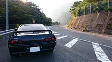 綺麗な道でドライブすると気分いいですね♪