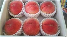 和歌山から桃が届きました♪