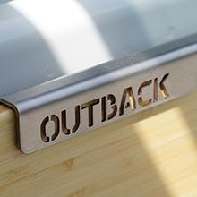 自然のなかで素敵な1杯を Outback Adventures Trailgater