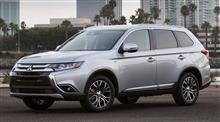 At-A-Glance - 2017 Mitsubishi Outlander : USA ・・・・