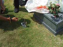 お盆に、夫のお墓参り。