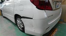 『トヨタ アルファード 左リヤフェンダ等板金・塗装・修理』 東京都立川市内からご来店のお客様です