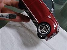 ダイハツキャストスタイルミニカーを塗装