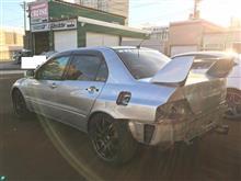 札幌のクルーズ エボ8リヤフェンダー塗装上がりました!