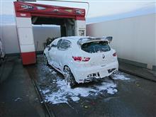 ガス注入と洗車