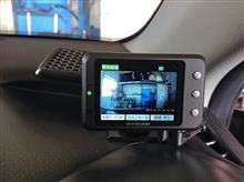 注目の新商品のドライブレコーダーです!