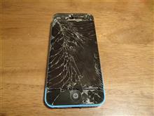 iPhone5C  液晶パネルと電池交換