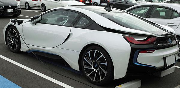 BMW i8に試乗してきました(レビュー記事用)