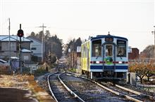 母子島遊水地と関東鉄道常総線(2016/11/26)