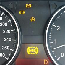ABS警告灯点灯~修理完了。