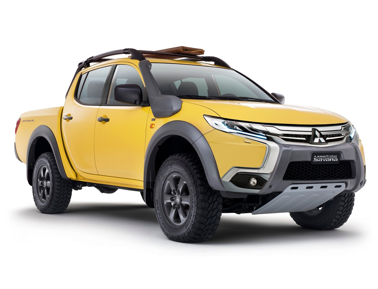 Dynamic Shield Face - Mitsubishi L200 Triton Savana !? ・・・・