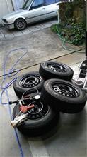E30TR冬タイヤに交換、タイロッドエンドブーツ左
