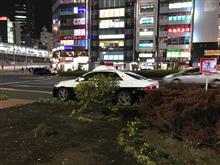 日本はいつから歩道に、駐車オッケーになったんだ?