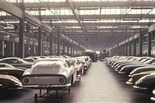 自動車工場!