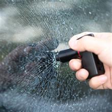 イザというとき「命を助ける」自動車用USB充電器がアメリカで登場だって(´・ω・`)