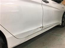 『ホンダ グレイス 右前後ドア取替・ロッカーパネル板金・塗装・修理』 東京都東村山市よりご来店のお客様です。