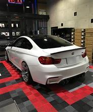BMW M4へエンスタ付きVIPER装着で安心と快適な日々を・・