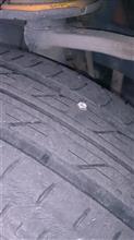インサイトのタイヤがパンク