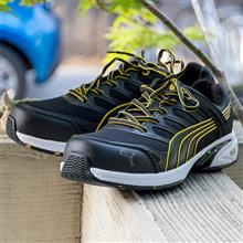 【PUMA】MOTION PROTECT Fuse Motion Yellow Men Low No.64.228.0