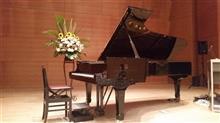 明日はピアノ発表会