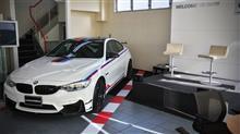 BMWディーラー企画のトークショー