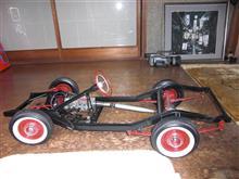 もの凄い古くて物凄い車のプラモデル