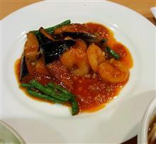 今日の晩ごはんはエビチリ定食( *´艸`)