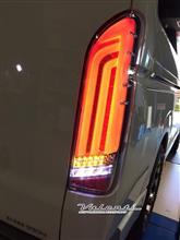 光のドレスアップ☆4型ハイエースDX