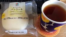 SEVEN&i PREMIUM 白いもちふわパンケーキ レモン風味のホイップクリーム
