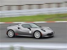 """アルファロメオ4Cラジアルタイヤ最速プロジェクト⑧""""4C/RT1""""7/27(木)袖ヶ浦フォレストレースウェイで最速タイムまた更新!"""