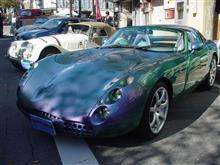 アクが強く、スパルタンなスポーツカー…TVRタスカン