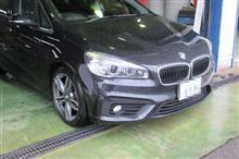 黒い悪魔にさようなら...BMWアクティブツアラー ブレーキパッド交換 AOP